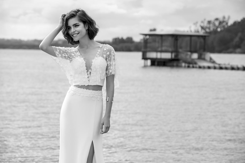 Renaux bridal dress - closeup cinza