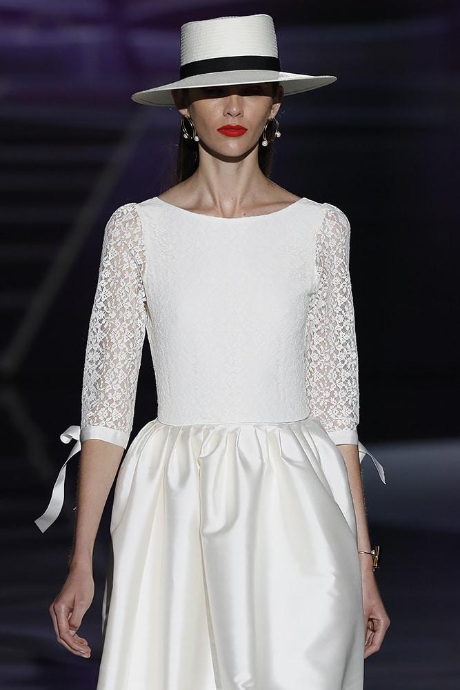 Albertina dress - closeup