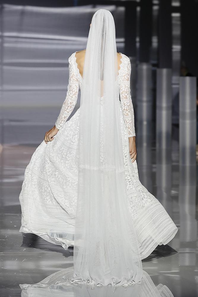 Frozen dress - back